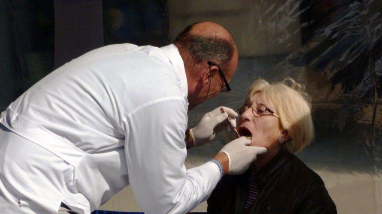 Inicia una nueva campaña para detectar el cáncer bucal