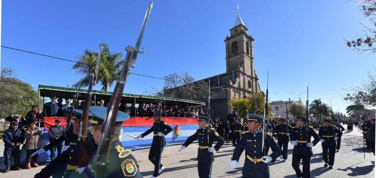 Bordet encabezó el acto del Día de la Bandera en Cerrito