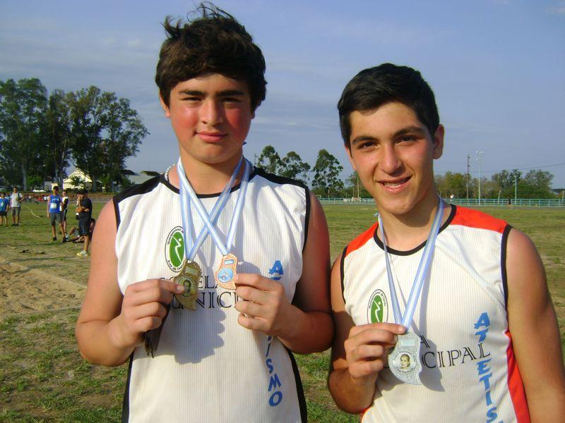 Medallas de oro para jóvenes de Cerrito