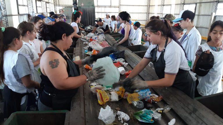 Recicladoras y recicladores, los profesionales del cuidado