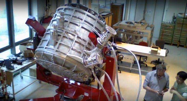 Llegó a Buenos Aires el telescopio de microondas del Proyecto QUBIC