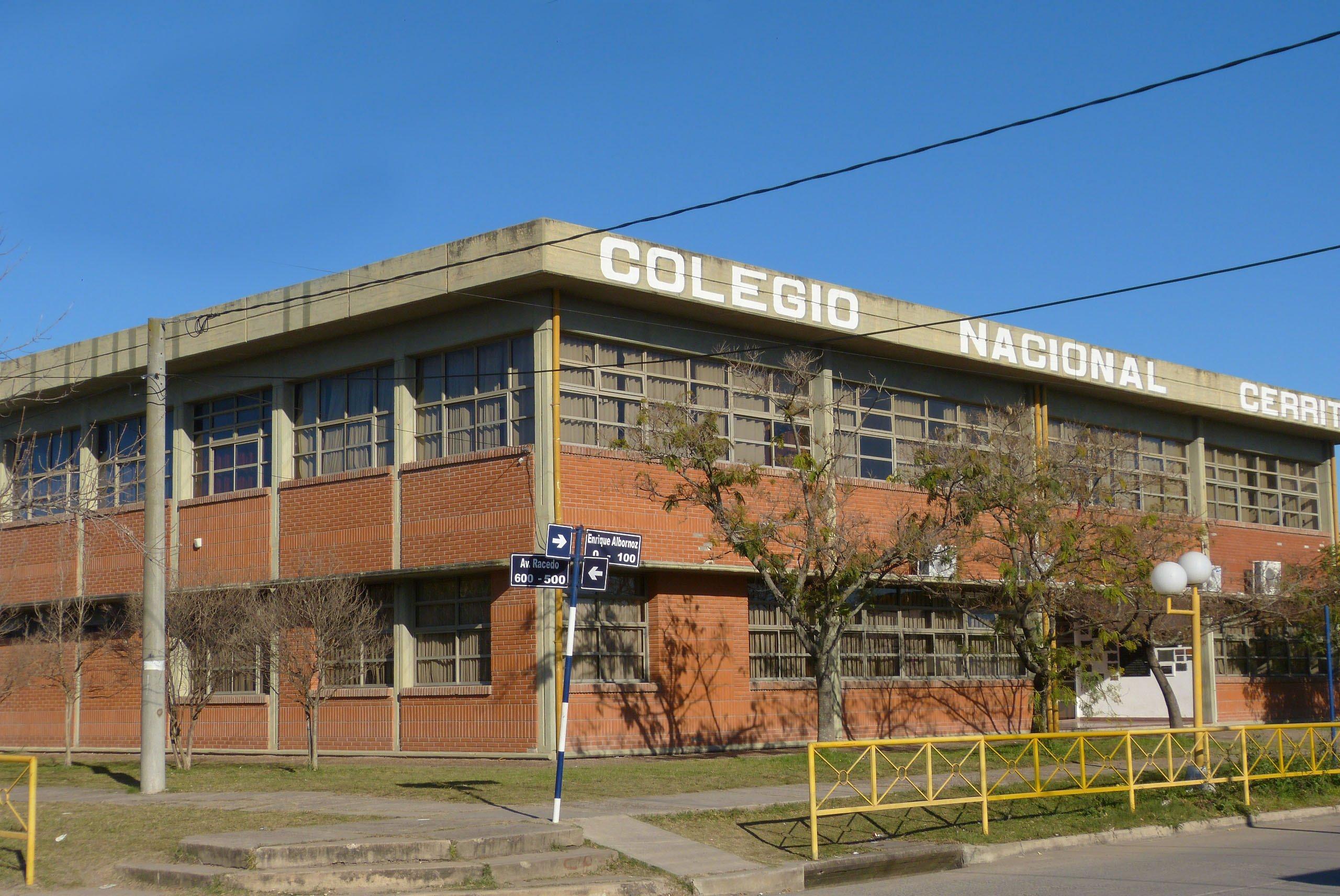 """56 años del """"Colegio de Cerrito"""""""