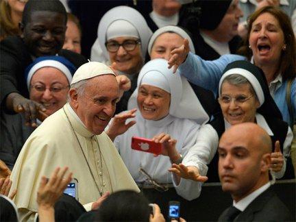 Francisco canonizó a cuatro religiosas, entre ellas dos palestinas
