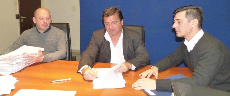 Construirán 10 viviendas en Colonia Crespo con recursos provinciales