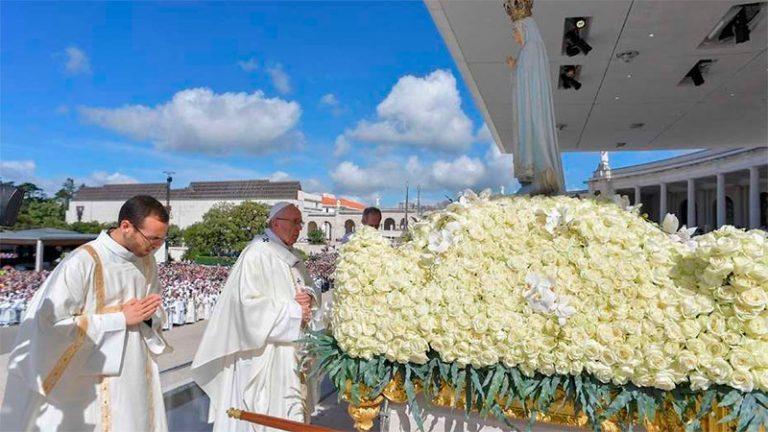 El Papa celebra los 100 años de la aparición de la Virgen de Fátima